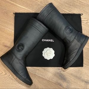 🔹CHANEL  Winter Mouton Boots